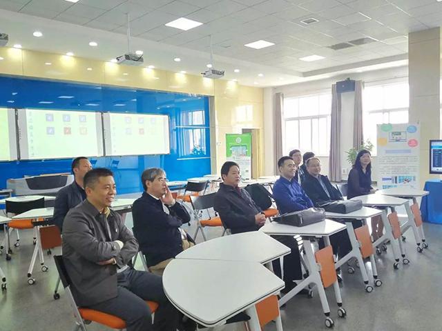 吴胜东调研教育信息化工作